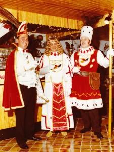 1975 Dreigstirn Prinz Willi II. (Willi Wirtz) Jungfrau Erich I. (Erich Michels) Bauer Oswald I. (Oswald Wirtz)
